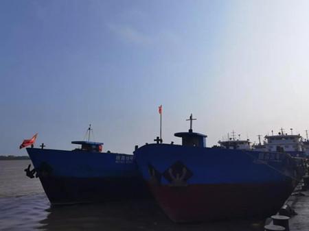 青山船厂两艘改装植物油船试航成功