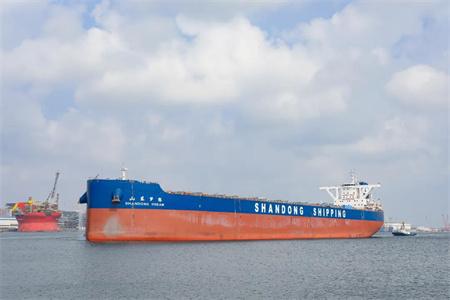 北船重工建造21万吨散货船5号船试航凯旋