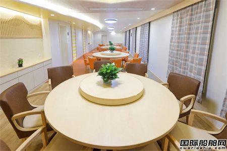 沪东中华24000TEU上建舱室模型舱建造成功